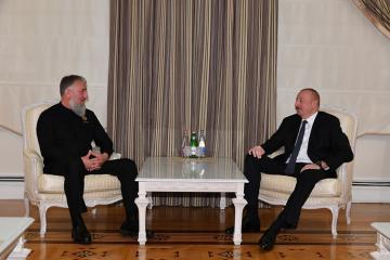 Prezident İlham Əliyev Çeçenistan başçısının müşavirini qəbul edib