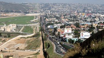 США ускорили развертывание дополнительных сил на границе с Мексикой