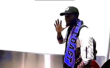 Useyn Bolt Fransanın futbol klubu ilə müqavilə imzalayıb