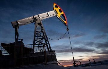 """""""Fitch Ratings"""": Neft bazarında yüksək volatillik saxlanılacaq"""
