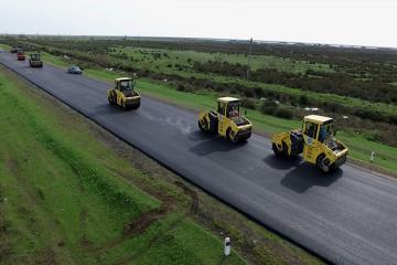 Salyan-Biləsuvar avtomobil yolu yenidən qurulur