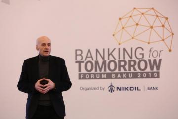 """Bakıda """"Sabahın Bankçılığı"""" forumu keçirilib"""