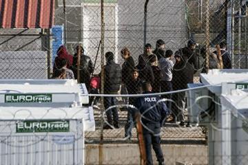Мигранты покинули стихийный лагерь под Салониками