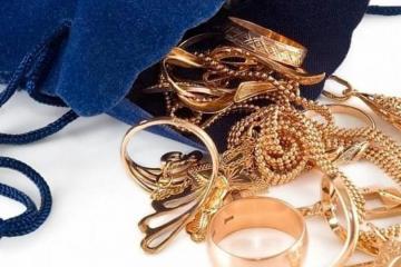 В Баку уборщица украла из дома золото на 40 тысяч манатов