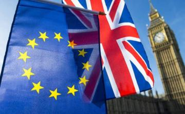 UK economy to lose 3.5 percent of GDP in no-deal Brexit, IMF warns