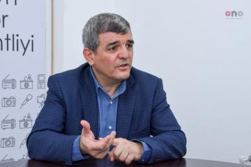 """Fazil Mustafa: """"Kitab və çap məhsulları vergidən azad edilməlidir"""""""