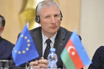 ЕС ждет дальнейших шагов после переговоров по Карабаху в Вене