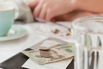 В Таиланде британский турист в 90 раз переплатил за счет в ресторане