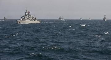 Russian navy conducts Black Sea training amid NATO naval exercise in same area