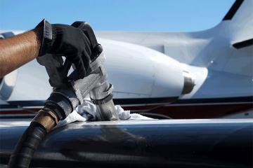 Азербайджан отменил импортные пошлины для авиационного топлива ТС-1, керосина марки КО-20 и КТ-2