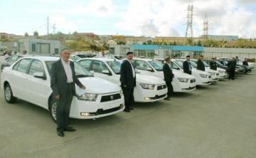 В Азербайджане 24 религиозным общинам предоставили автомобили