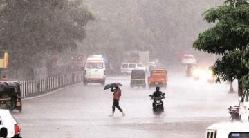 Hindistanda təbii fəlakət 31 nəfərin ölümünə səbəb olub