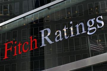 """""""Fitch Ratings"""": Azərbaycanın bank sektoru sabitləşsə də, dollarlaşma hələ də yüksəkdir"""