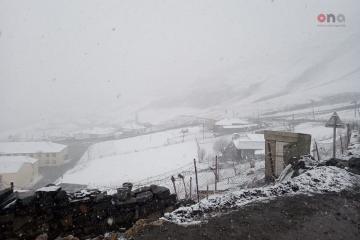Şimal bölgəsinin bəzi ərazilərinə qar yağır