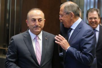Sergey Lavrov türkiyəli həmkarı Mövlud Çavuşoğlu ilə Liviyanı müzakirə edib