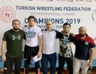 Güləşçilərimiz Antalyada daha 4 medala sahib olublar