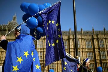 ЕС исключает пересмотр соглашения по Brexit