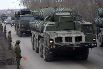 Çavuşoğlu: Rusiyadan alacağımız S-400-ləri Azərbaycana vermək niyyətində deyilik
