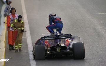 """""""Formula-1"""": Start xəttinə gecikən pilot qəza keçirib və çıxışını başa vurub - [color=red]YENİLƏNİB[/color]"""