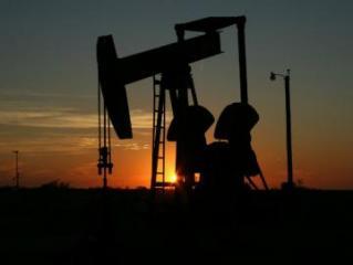 Цены на нефть резко снижаются, Brent опустилась ниже $73 за баррель