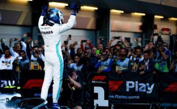 Azerbaijani President awards winners of Formula 1 SOCAR Azerbaijan Grand Prix