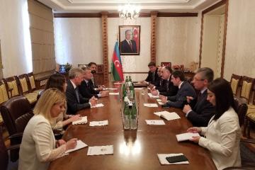 Elmar Məmmədyarov Argentina Parlamentinin rəhbəri ilə görüşüb