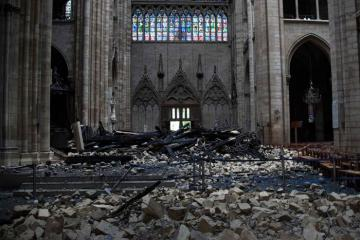 France in a rush to train skilled workers to restore Notre-Dame