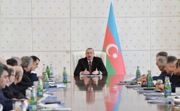 """Prezident İlham Əliyev: """"İqtisadiyyatın yeni inkişaf strategiyası hazırlanır"""""""