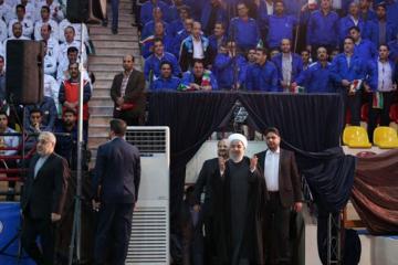 """Həsən Ruhani: """"ABŞ-ın qanunsuz sanksiyalarının məqsədi xalqa təzyiqləri artırmaqdır"""""""