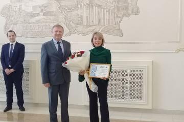 """Tünzalə Ağayevaya """"II Avropa Oyunlarının ulduz səfiri"""" sertifikatı təqdim edilib"""