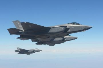 ABŞ-da F-35 təlimləri keçən türk pilotlar bu gün ölkələrinə qayıdacaq