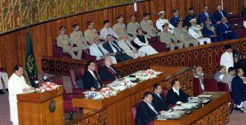 Pakistani president summons Parliament session as India revokes Kashmir's special status