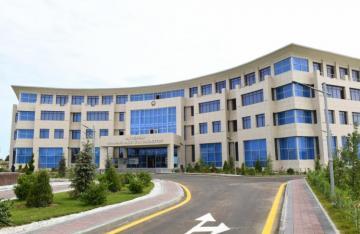 Dövlət başçısı Pirallahıda İH-nin yeni binası, Gənclər Mərkəzi və Park Kompleksinin açılışında iştirak edib