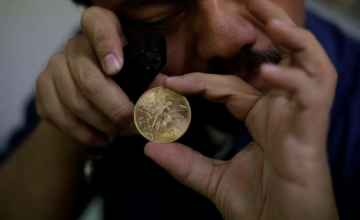 Armed robbers in Mexico steal gold coins from government coin maker