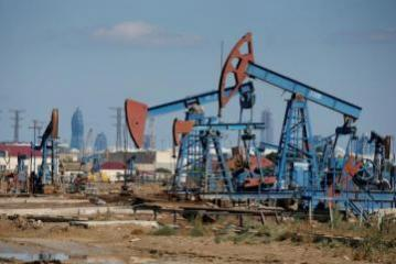 Azeri Light crude sells for more than $60
