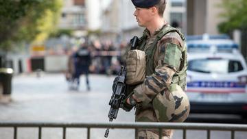 Французские таможенники перехватили более тонны кокаина