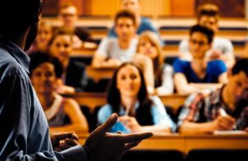 Минобразования объяснило, какие студенты освобождаются от платы за обучение