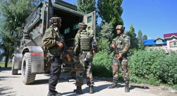 At least 4 Pakistani soldiers killed in clashes with India in Kashmir over 24 hours