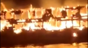 7 killed, 4 missing after ship catches fire in Indonesia - [color=red]VIDEO[/color]