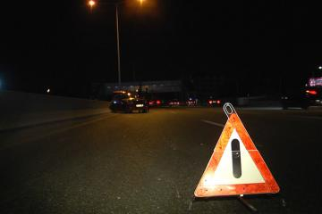 "Водитель ""Мерседес"" тяжело ранен при ДТП на шоссе Баку-Сумгайыт"