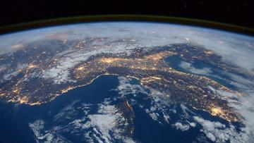 Япония запустит аппараты для уничтожения спутников противника