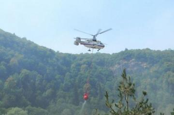 Helicopter involved in extinguishing fire in Hirkan National Park - [color=red]UPDATED-1[/color]