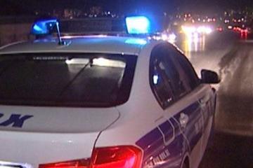 В Баку грузовик с прицепом сбил женщину с ребенком