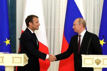 Президенты России и Франции обсудили карабахский конфликт