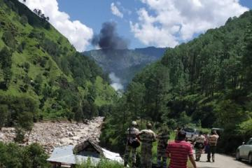 Three people dead as helicopter crashes in India
