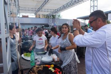 """Rusiyanın Azərbaycanlı Gənclər Birliyi Moskvada """"Barbekyu festivali"""" keçirib"""