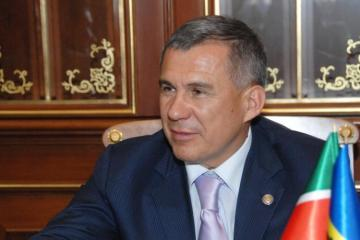President of Tatarstan Rustam Minnikhanov congratulates Mehriban Aliyeva