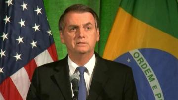 Brazil says South American nations to meet on Amazon, accepts Chilean aid