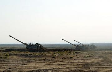 На общевойсковых полигонах проводятся тактические учения ракетно-артиллерийских подразделений
