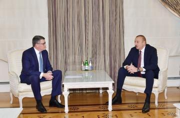 Prezident İlham Əliyev CISCO şirkətinin nümayəndə heyətini qəbul edib